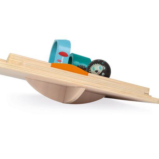 rally erizo madera